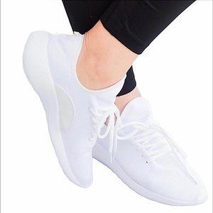 Forever White Sockfit flyknit Sneakers NIB NWT